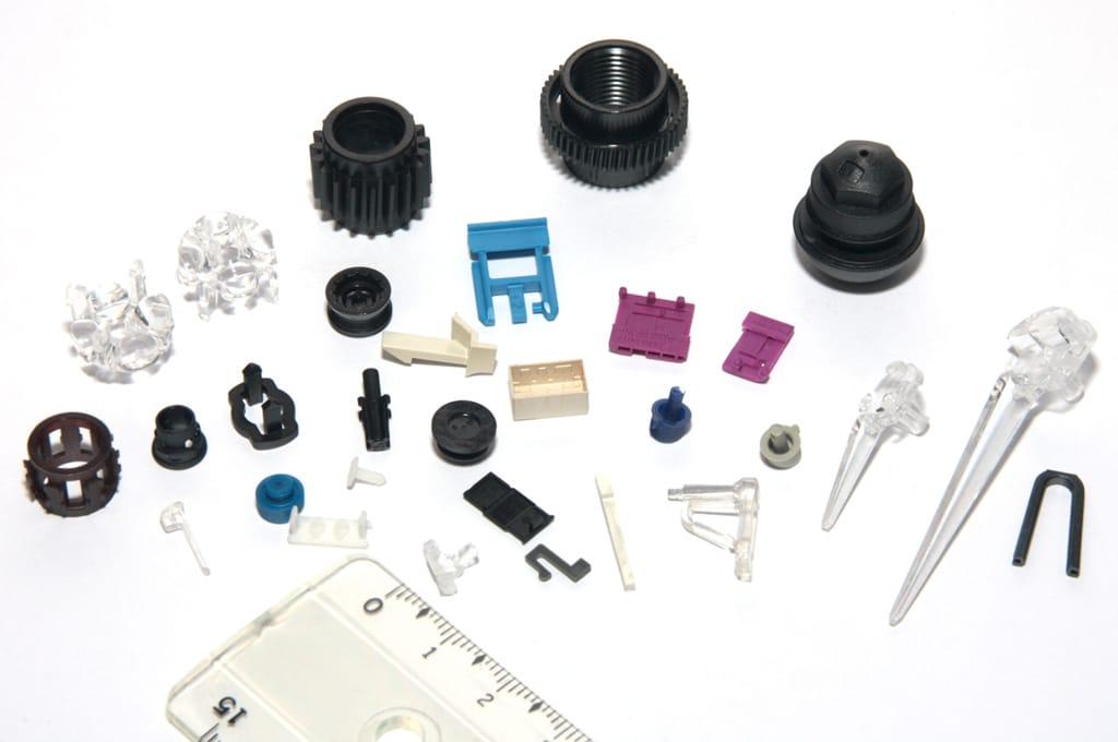 Amostras plásticas, Small Parts